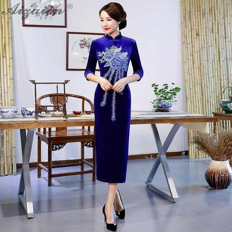 Bleu velours broderie mode robes de soirée longue Cheongsam robe traditionnelle chinoise vêtements pour femmes Qipao robe de mariée