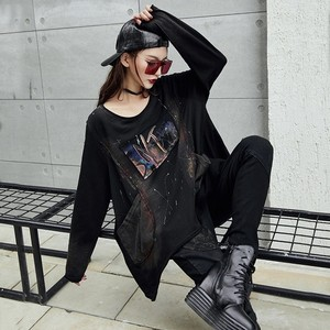 Image 2 - Max LuLu 2019 Luxury Korean Harajuku Ladies Spring Tops Tee Womens Printed T Shirt Vintage Punk Clothes Female Black Long Tshirt