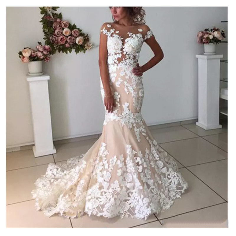 Champagne Mermaid Wedding Dresses Lace Flowers Backless 2019 Robe De Mariee Vintage Lace Bridal Gown Lace Up Back