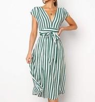 Элегантное платье в полоску  Цена: 807 руб. (12.49$)   1551 заказа(ов)  Посмотреть:     ???? Платье ну очень красивого фасона и цвета, но ткань на любителя. Платье очень элегатное, нежное и романтичное. Расцветки всего две зелёное и розовое. Я взяла розово