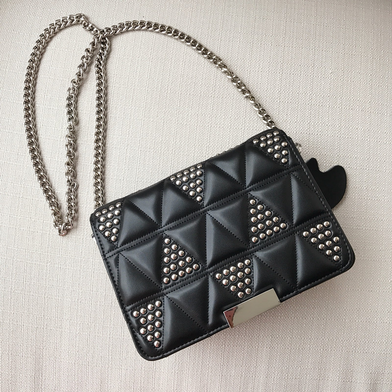 2018 NEW WOMENS CLUTCH HAND BAG LEATHER TRIANGLE RIVET FASHIONABLE WILLOW NAIL MEG CHAIN SINGLE SHOULDER LADY BAG PURSE WALLET2018 NEW WOMENS CLUTCH HAND BAG LEATHER TRIANGLE RIVET FASHIONABLE WILLOW NAIL MEG CHAIN SINGLE SHOULDER LADY BAG PURSE WALLET