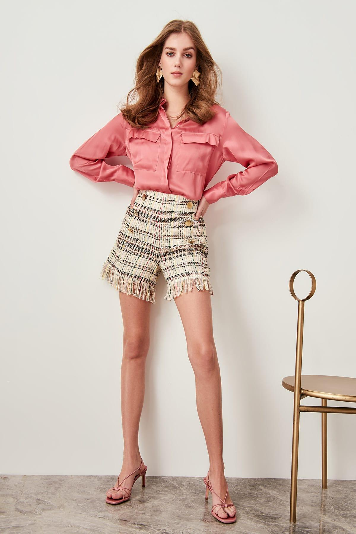 Trendyol Multicolour Tweed Button Detail Tassels Shorts TWOSS19EH0113