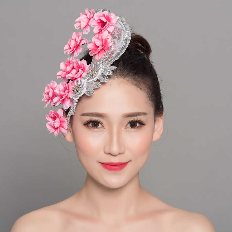 Detail Feedback Questions about Chinese Headdress Dance Headwear Head Flower  Hair Accessories Sequined Hair Clip 2pcs lot on Aliexpress.com  cc1104f0921b