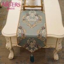 Avigers New Design Jacquard Precision Polyester Runners Modern Tassel Decoration De High Quality European Style Table Flag