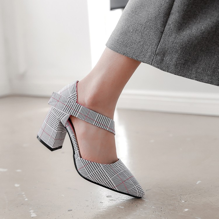 Xianyiduo/Новинка 2019 года; модные летние вечерние женские туфли; босоножки с закрытым острым носком на квадратном каблуке; пикантные туфли на за... - 4