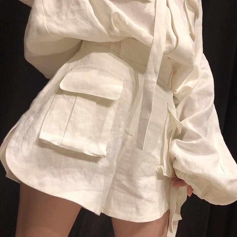 CHICEVER الصيف خمر الصلبة الأبيض المرأتين قطعة وضع مائل الرقبة فانوس كم السترة مع زر يطير جيوب السراويل مجموعات-في مجموعات نسائية من ملابس نسائية على  مجموعة 3