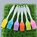 2Pcs Tragbare ungiftig Silikon Öl Pinsel Wärme resistant Küche Gadgets Gebäck Pinsel BBQ Kuchen Zubehör-in Reinigungsbürsten aus Heim und Garten bei