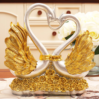 Romantic European Style Wedding Decoration Gorgeous Exquisite Gold Wings Roses Heart shaped Swans Princess and Prince Figurines