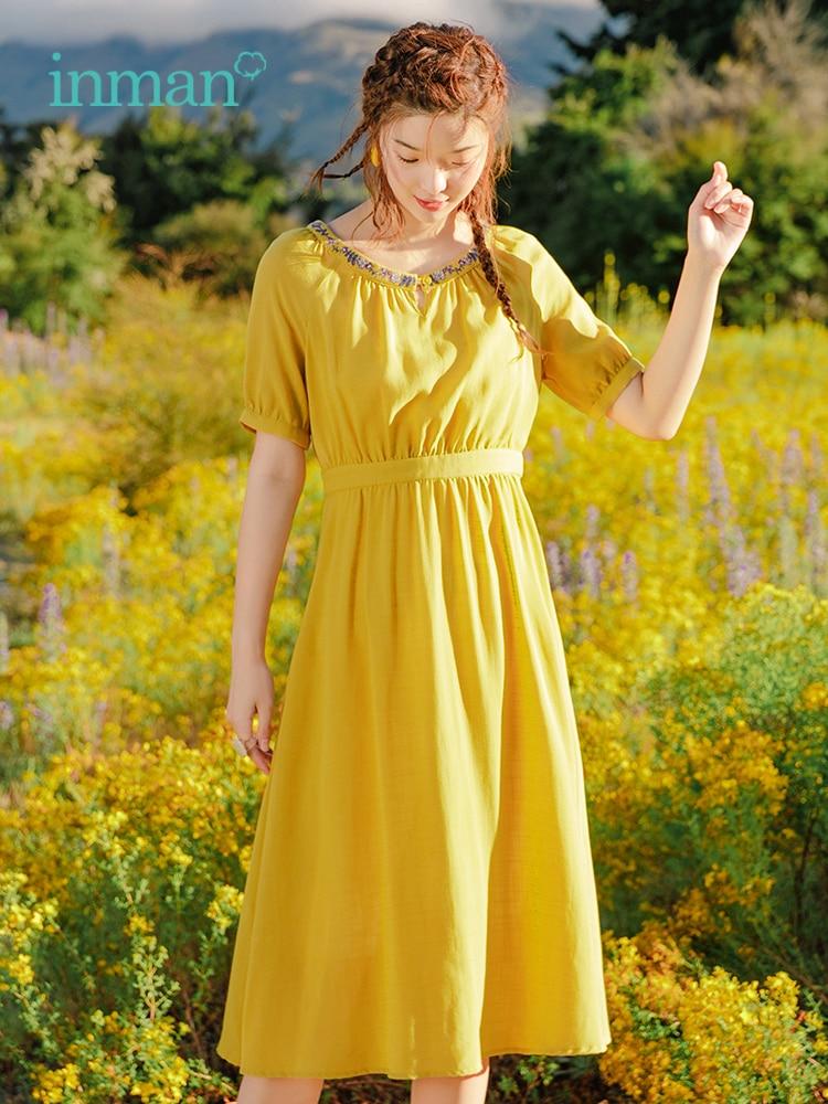 Inman 2019 여름 새로운 도착 자수 오 넥 반팔 정의 허리 슬림 문학 우아한 여성 드레스-에서드레스부터 여성 의류 의  그룹 1