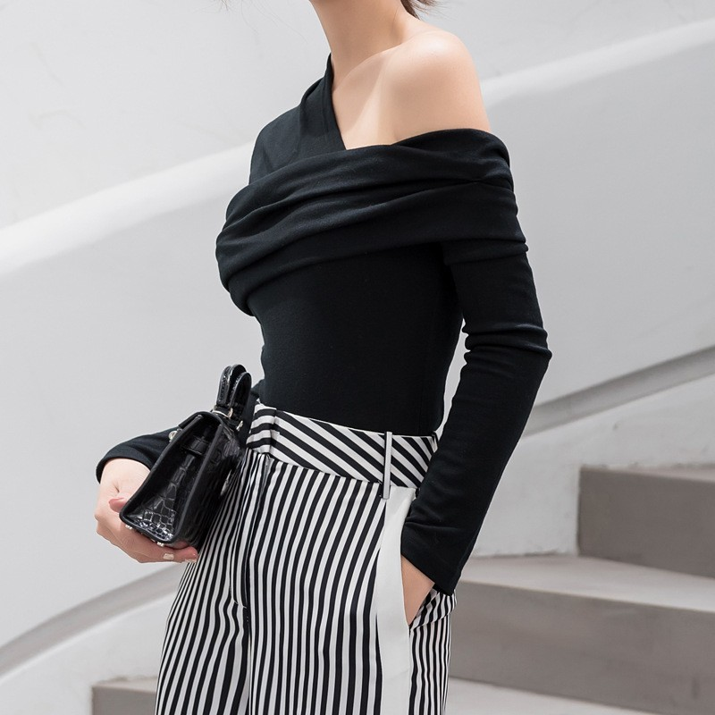 TWOTWINSTYLE Sexy Off Shoulder asymetryczne damskie t-shirty topy kobieta Slim z długim rękawem moda czarna koszulka jesień 2019 4
