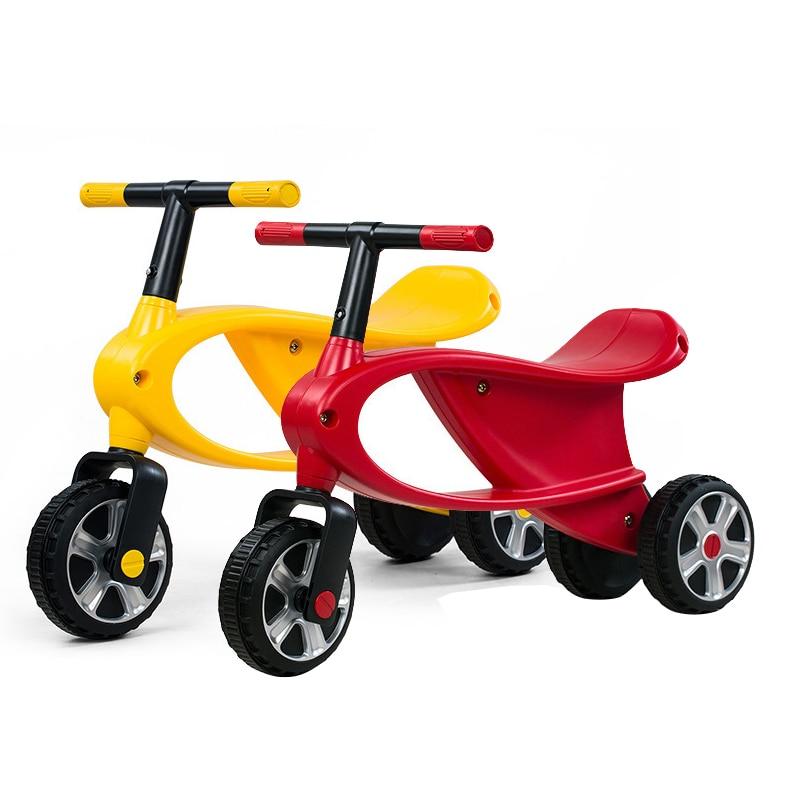 Rastar 2-5 ans bébé trois roues voiture de sport Portable infantile enfant en bas âge bébé Scooter maternelle enfants jouet voiture