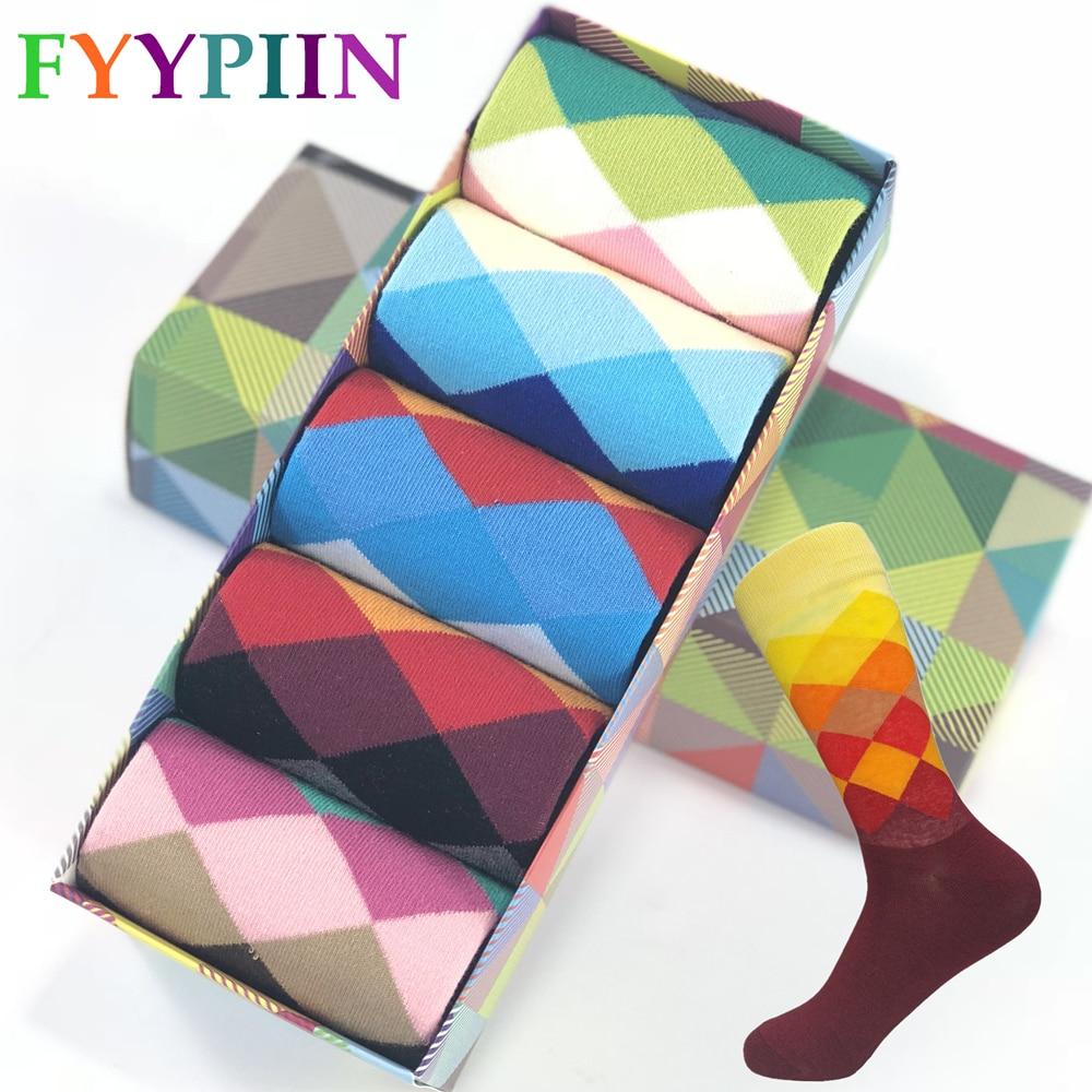 Nové standardní zvětšení velikosti 39-47 neformální bavlněné ponožky vysoce kvalitní Brand pánské ponožky, barevné ponožky (5 párů / šarže) No Box