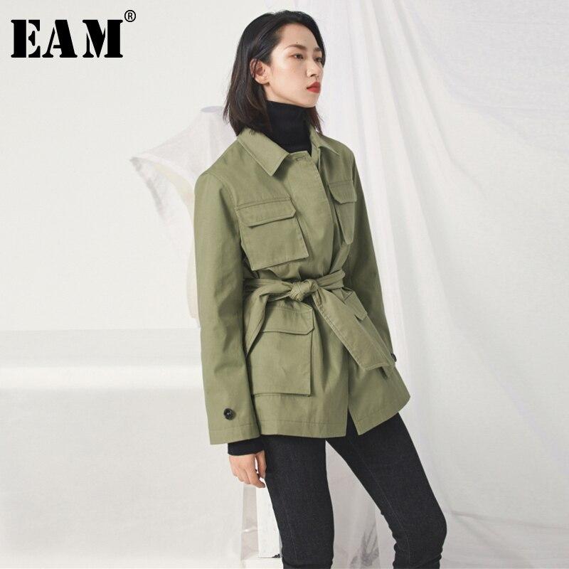 EAM 2019 New Spring Summer Lapel Long Sleeve Army Green Pocket Split Joint Waist Bandage