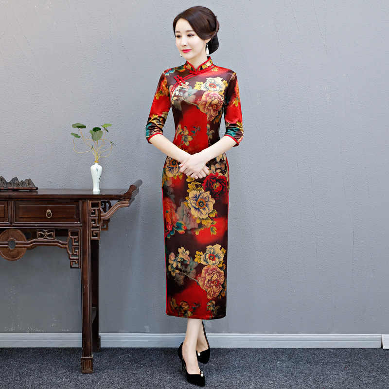 9f952abbcf5 Velvet Cheongsam Mom Dress Women China Traditional Chinese New Year Costume  Long Sleeve Qipao Modern Oriental