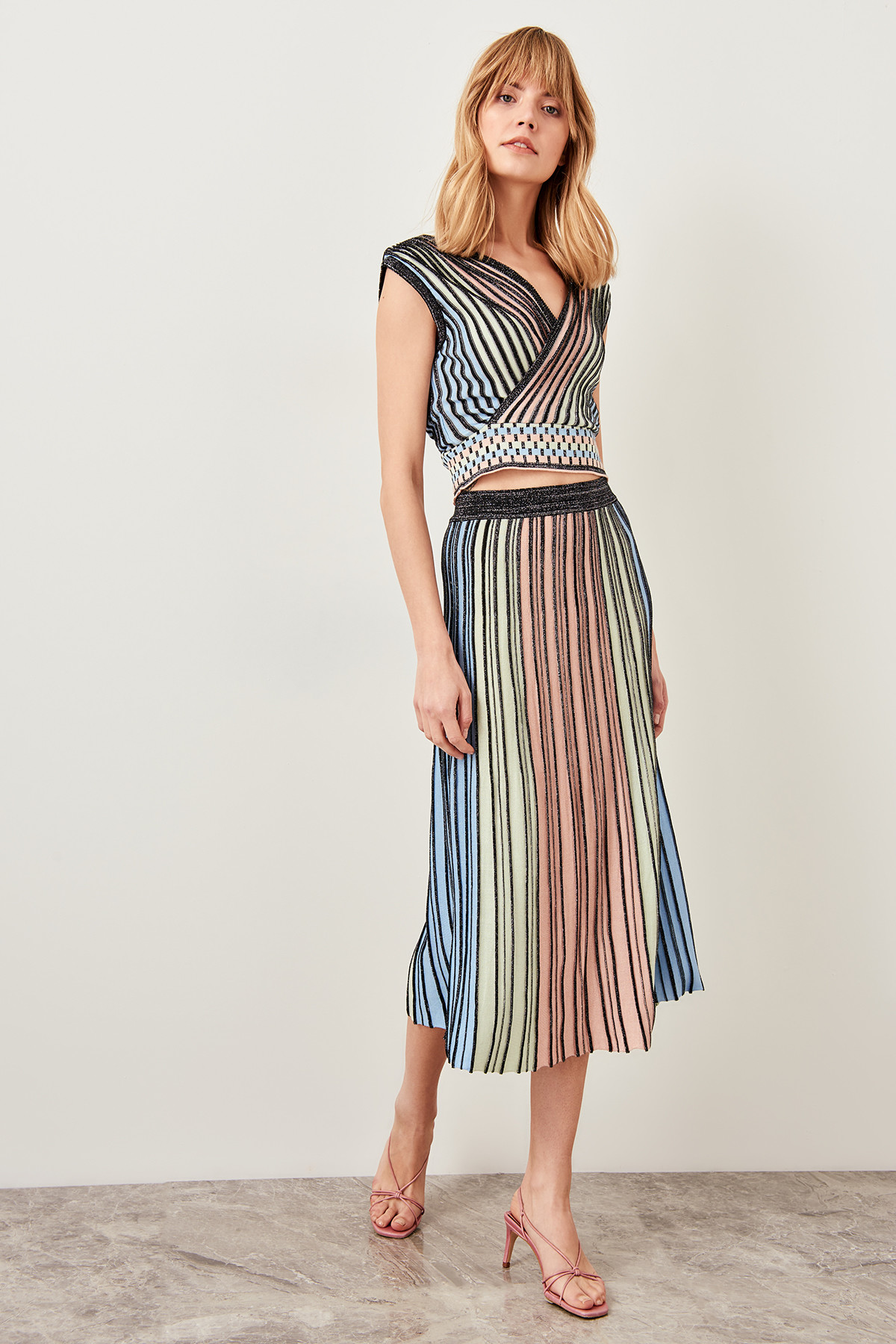 Trendyol Multicolored Knitwear Skirt Or Tops Seperately Summer Sparkle Pleated TCLSS19DU0045