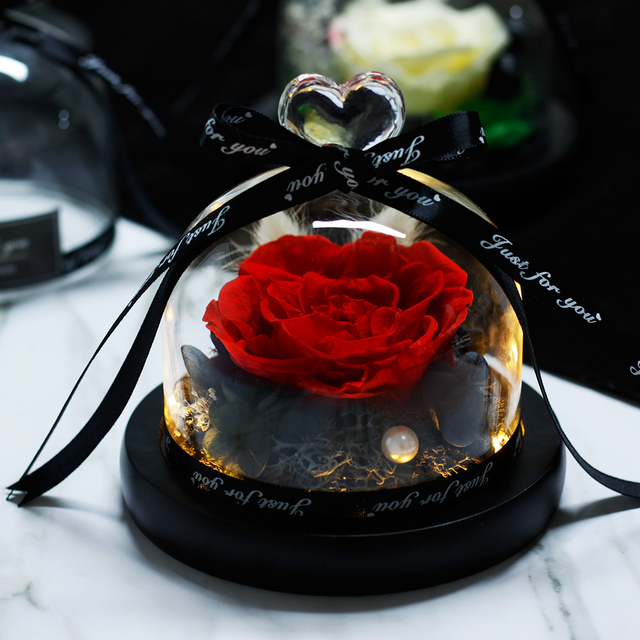 Handmade Preserved Rose in Heart Shaped Glass Dome (15 Colors)