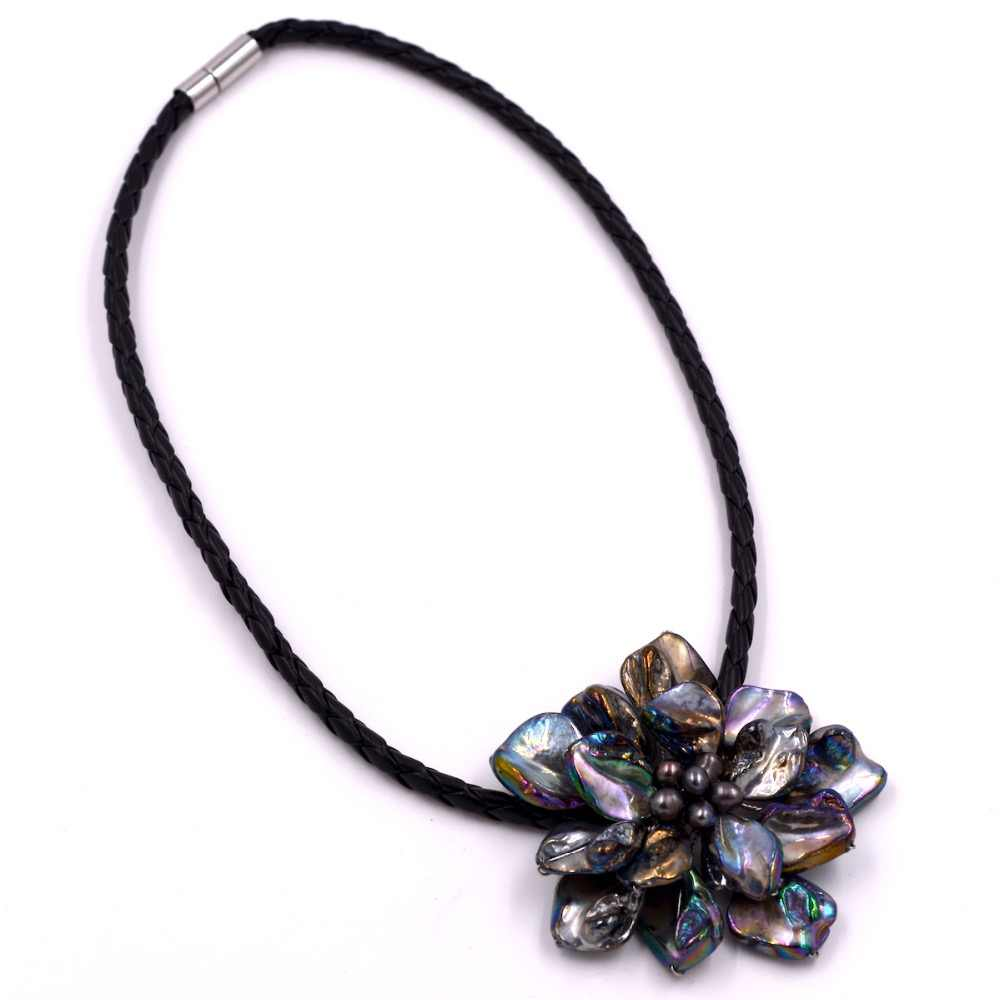 Fashion jewelry baroque mother of pearl flower black pearl necklace with woven leather
