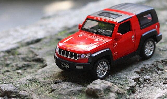 Beijing Jeep Off-road SUV Vehicle Simulation Alloy Car Model Acoustic Light Return Pull Back Car Toy Model Engine Sound Boy Toys