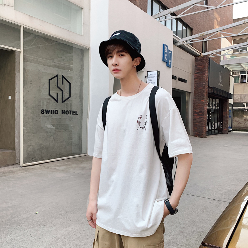 c2292498c6c 2019 Summer New Men s Youth Japanese Version Of Harajuku Style  Short-sleeved Couple Loose Abstract