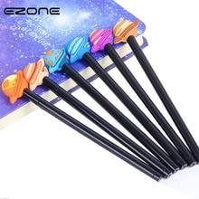 цена EZONE 3PCS/Set 3D Planet Gel Pens 0.38mm Black Ink Boy Stationery Signing Pen Star Sky Pattern Neutral Pen School Office Supply онлайн в 2017 году