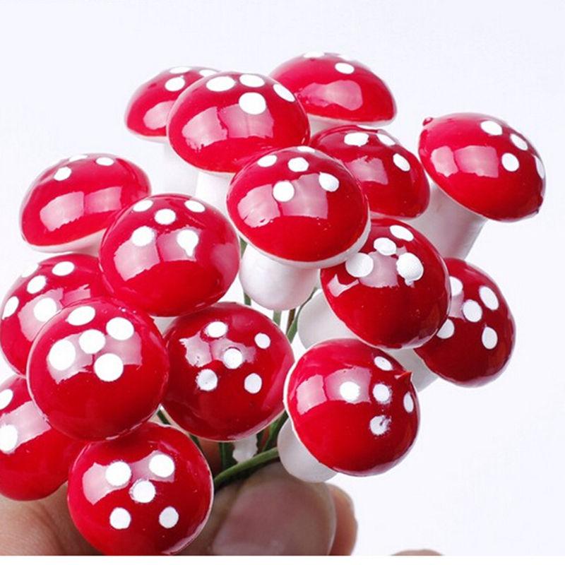 50pcs Mini Red Mushroom Garden Ornament Miniature Plant Pots Fairy DIY Dollhouse Landscape Bonsai Plant Gardening Decor Stakes