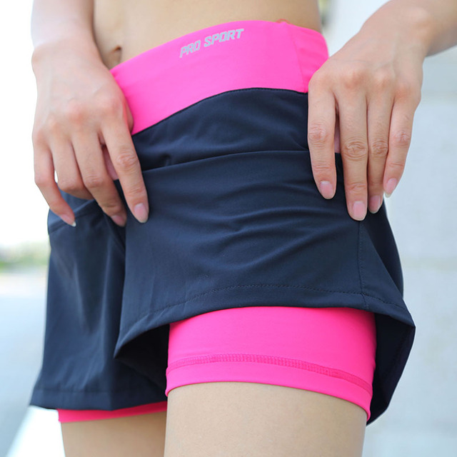 Sports Fitness Gym Yoga Running Quick-Dry Double Layer Shorts for Women