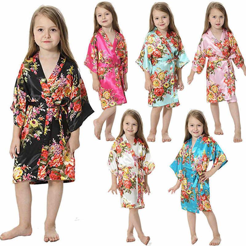 Довольно Дети Девочки кимоно сна банный халат Свободные длинным рукавом Цветочный Домашняя одежда, ночное белье Цветы v-образным вырезом Пижама с поясом От 2 до 11 лет