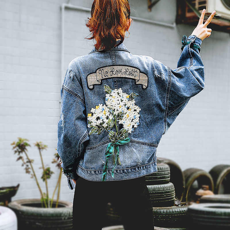 2019 Autumn Embroidery Flower Cowboy Loose Coat Female Denim Jeans Jacket Women Chaqueta Mujer Streetwear Boyfriend Large Sizes