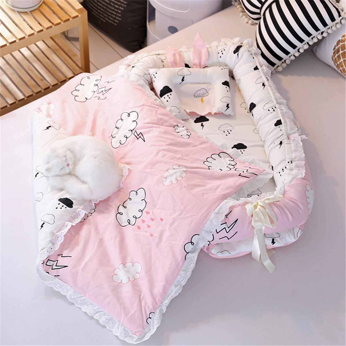 Baby Sleep Nest Bed Pillow Boys Girls Breathable Cotton Sleeping Crib  Newborn Baby Sleep Bed Portable Detachable Mattress