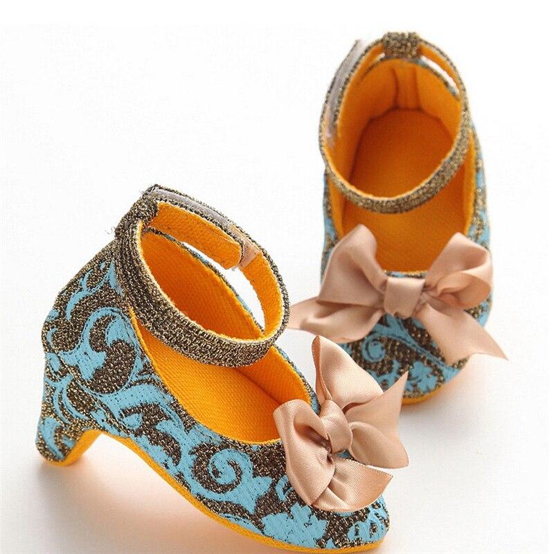 Fashion Nette Neugeborene Baby Mädchen Floral Bowknot Prinzessin Schuhe High Heels Weiche Sohle Kostüme Schuhe Kleinkind Bebe Mädchen Krippe Schuh