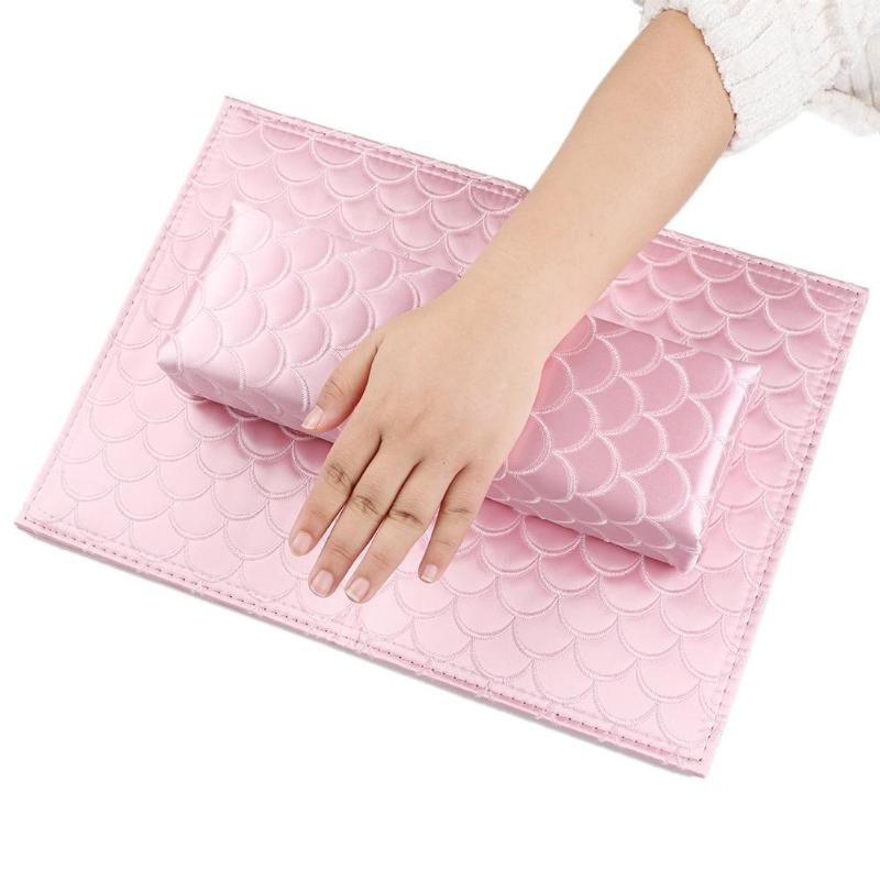 1 Satz Nail Art Kissen Fisch Muster Satin Nagel Salon Hand Rest Faltbare Hand Kissen Weiche Arm Ruht Pad Maniküre Pflege Behandlung Attraktive Designs;