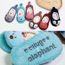 Теплый мягкий, для новорожденного ребенка хлопковые детские изделия противоскользящие для малышей обувь мультфильм животных печатная тапочка носки-тапочки модные повседневные