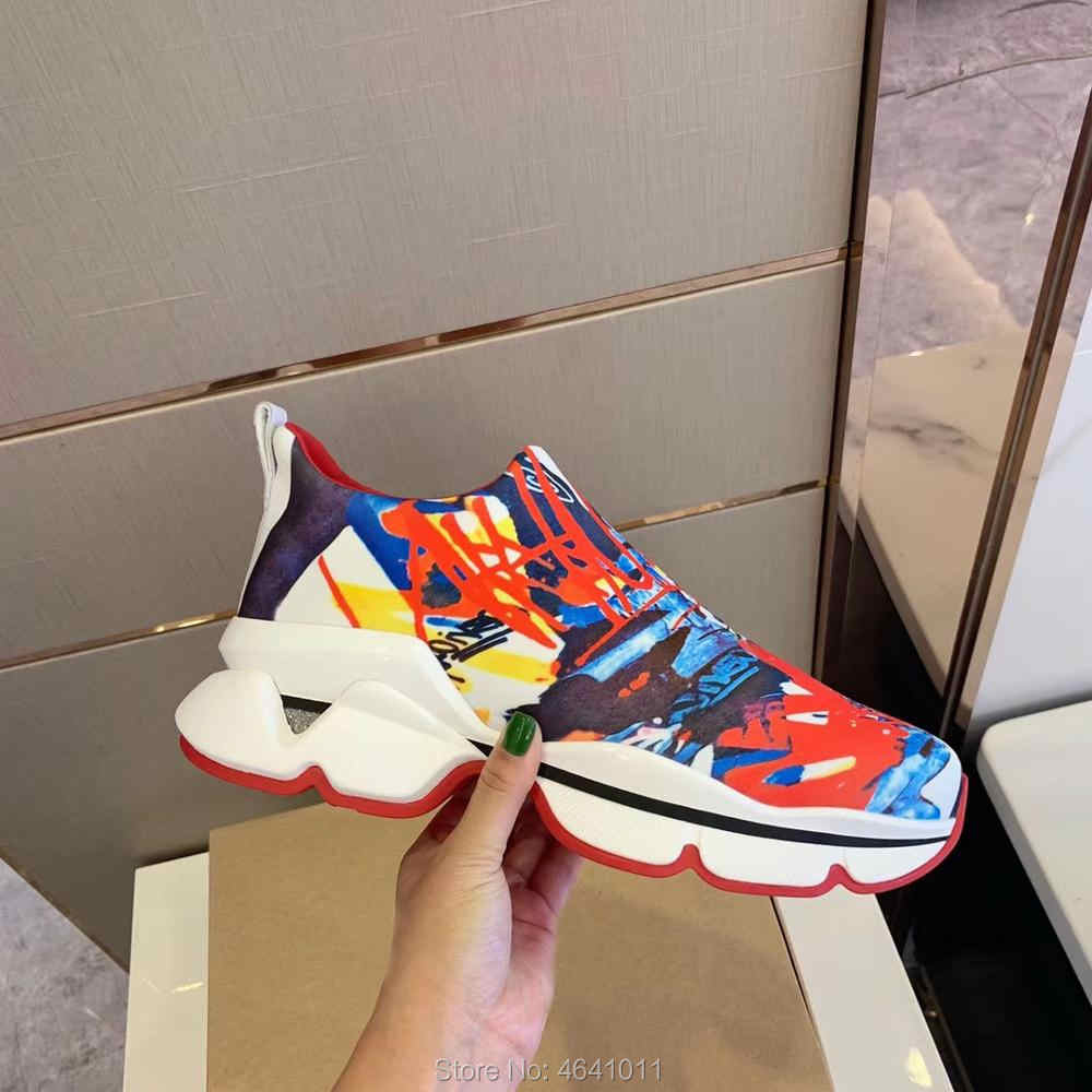 Slip On cl andgz หนังสีแดงด้านล่างต่ำตัดรองเท้าผ้าใบสำหรับชายกีฬารองเท้าสีขาว Graffiti Cowhide Rivet แบบสบายๆ loafers แบน