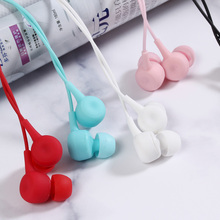 KISSCASE Candy Color In-ear Bass Sound Earphone For Smartphone Sport Game Headphones with Mic 3.5 mm Music Silicone Earphones