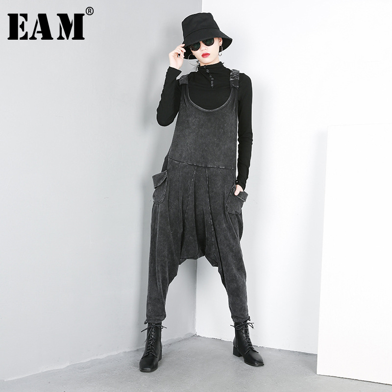 [EAM] 2020 New Autumn Winter High Waist Black Loose Big Pocket Split Joint Harem Jeans Loose Pants Women Overalls Fashion JO51