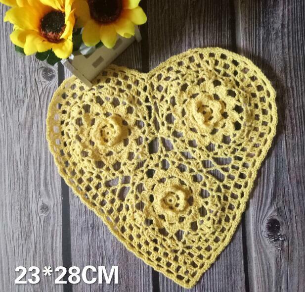 Vintage Handmade Hollow Crochet Heart Lace Cotton Christmas Table Placemats Coffee Coaster Mug Glass Dish Mat Pad Table Decor