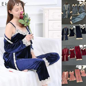 Image 5 - Ekouaer femmes 4 pièces velours pyjamas ensembles Sexy chemise de nuit Kimono Robe douce dentelle florale vêtements de nuit Kit Robe chemise de nuit