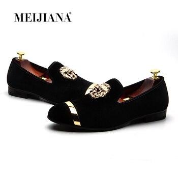 bb67608b17 MEIJIANA 2018 nuevos zapatos de cuero de los hombres zapatos de moda Casual  de la tendencia de los hombres de la marca zapatos de gran tamaño Slip on  ...