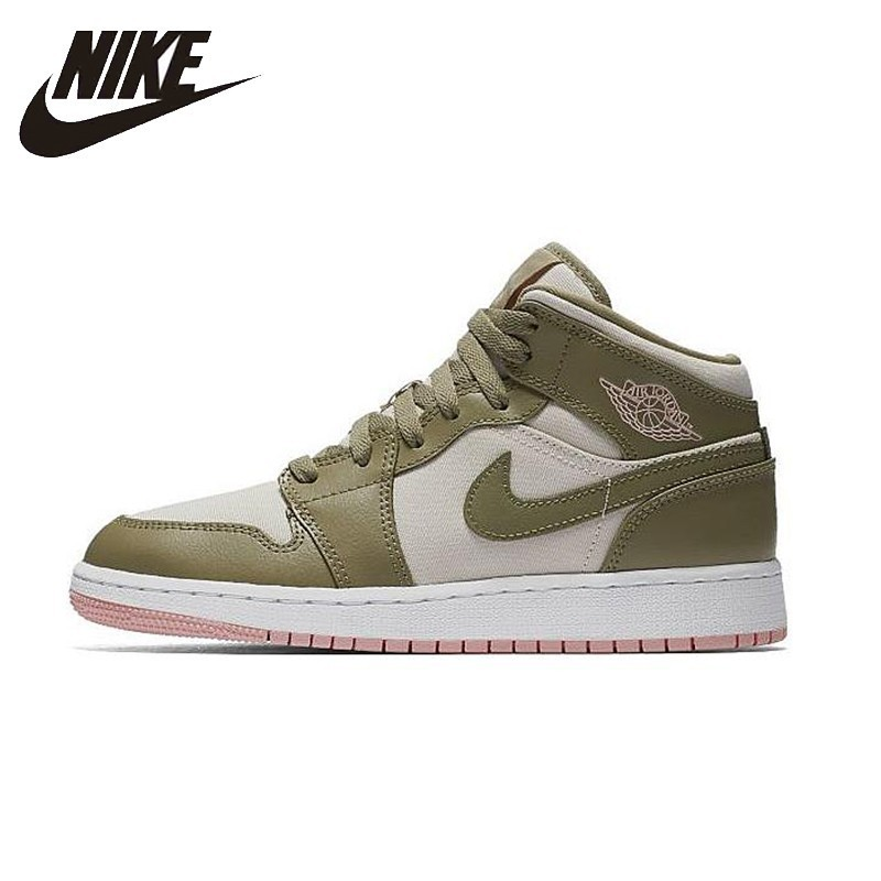 NIKE Air Jordan 1 Mid Womens Basketball Shoes Stability Comfortable Support Sports Sneakers For Women ShoesNIKE Air Jordan 1 Mid Womens Basketball Shoes Stability Comfortable Support Sports Sneakers For Women Shoes