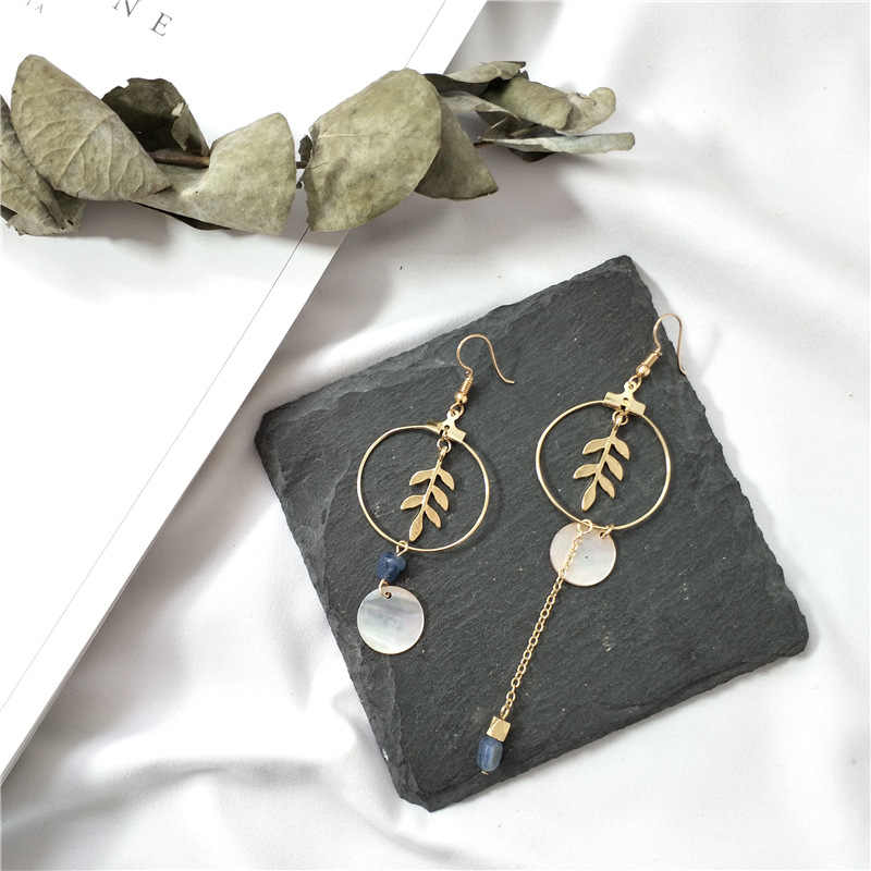 2019 new design brand earrings gold leaf simple earrings for women.