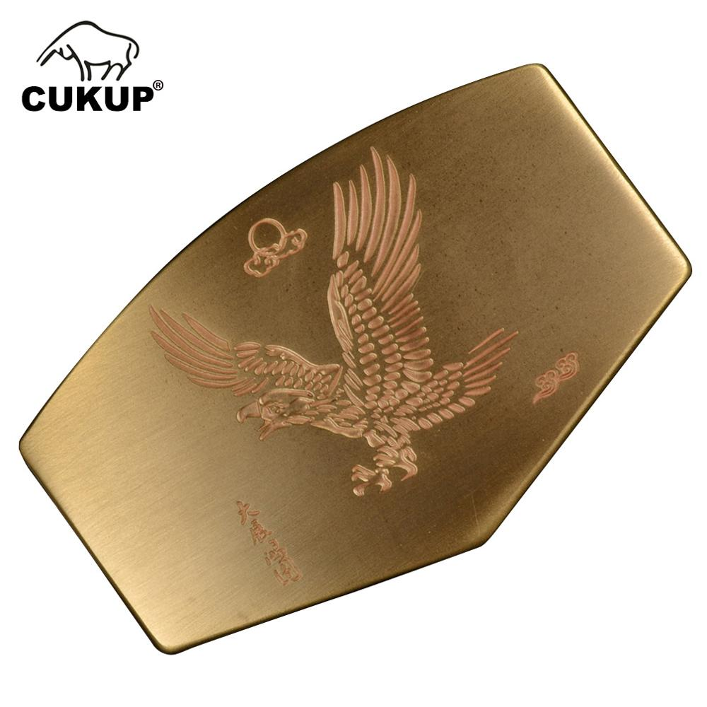 CUKUP Mens New Design Eagle Animals Pattern Male Chinese Styles Solid Copper Smooth Gold Belt Buckles Brass Metal For Men BRK047