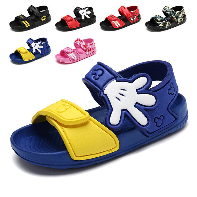 Hot Selling 2018 Summer New Fashion Casual Girls Beach Shoes Shock Absorber Boy Slip Wear Sandals Children Sandals Boys Shoes