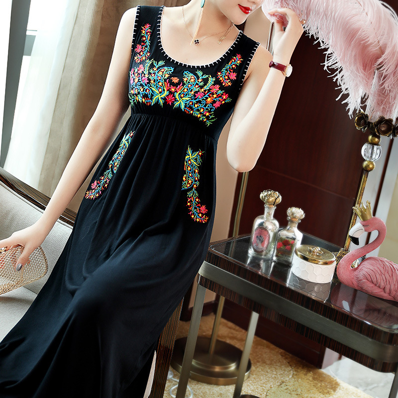 2019 spring and summer new arrival delicate embroidery ethnic style sleeveless comfortable long dress T6265