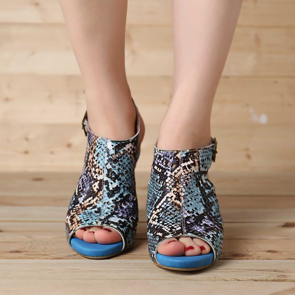 SOCOFY Comfy  Snakeskin Pattern Genuine Leather Hollow Hook Loop Peep Toe Sandals For Women Shoes Summer Woman Retro Booties New