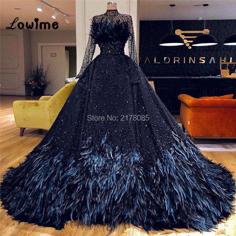 Luxury Feather Black Beaded Evening Dress Long Sleeves Prom Dresses 2019 Couture Arabic Middle East Party Gowns Robe De Soiree