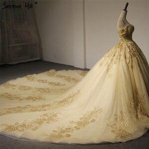Image 3 - Dubaj wysokiej klasy krótkie rękawy luksusowa suknia ślubna w stylu Vintage Sexy Off ramię złota frezowanie cekinami panna młoda suknia 2020