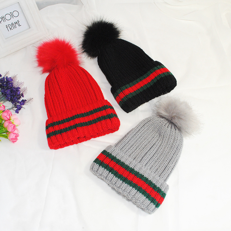 2019 Fashion Women's Knitting   Beanies   Winter Keep Warm Hats For Girls Detachable Imitate Fox Fur Pompom Hat Female Patchwork Cap