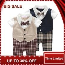 купить 2016 Baby boy romper newborn clothing rompers baby clothes College style waistcoat romper infant Gentleman romper kid's jumpsuit по цене 492.33 рублей