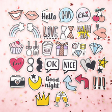 33pcs / Pack Ins Retro Girl Dialog Lip Sticker Bag Hand Account Album Decoration Sticker Cute Notebook Diary Phone