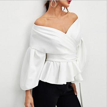 b26cf39dff3 2018 женская блузка сексуальная без бретелек фонарь рукав рубашка бант  талия рубашка женская с открытыми плечами